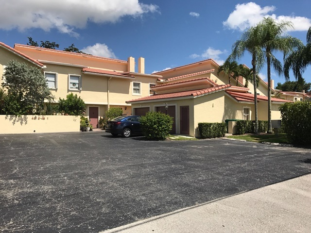 Townhomes in Coral Springs